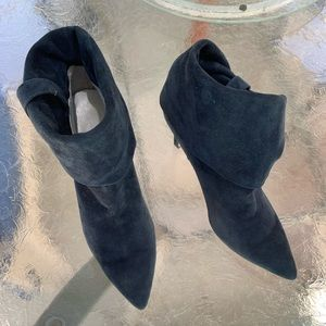 Calvin Klein Bethany Blue Suede Boot 61/2